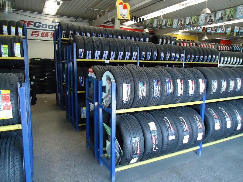 堆垛框架轮胎货架