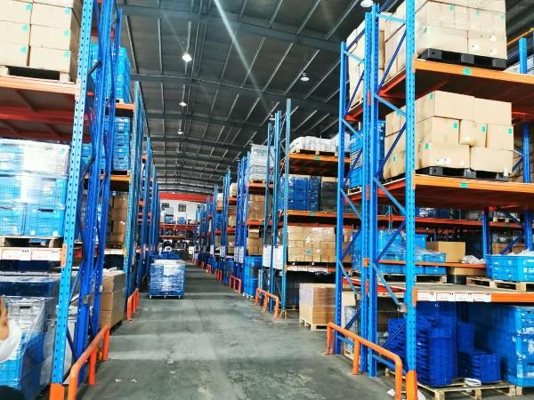 仓储重型货架的的承载和安装方法