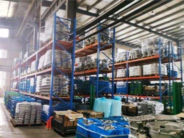 南京货架厂家告诉您:横梁式货架的三大特点