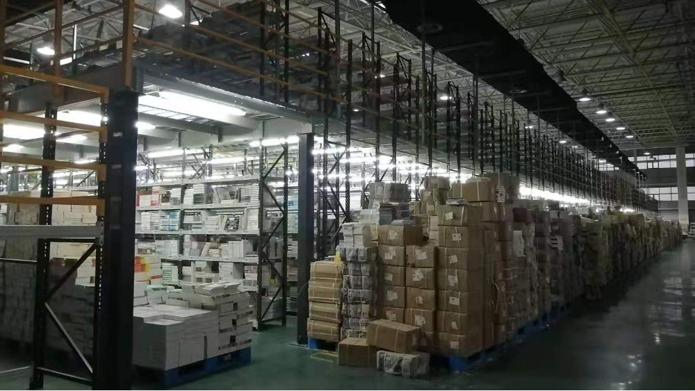 森沃邀您观赏新华书店阁楼货架定做案例