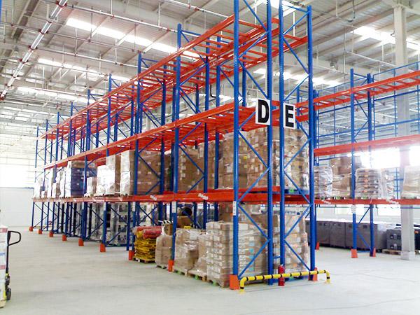 森沃仓储分享重型仓库货架的主要优势!