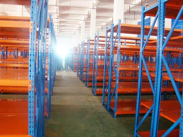 森沃仓储分享关于悬臂式仓储货架的知识!