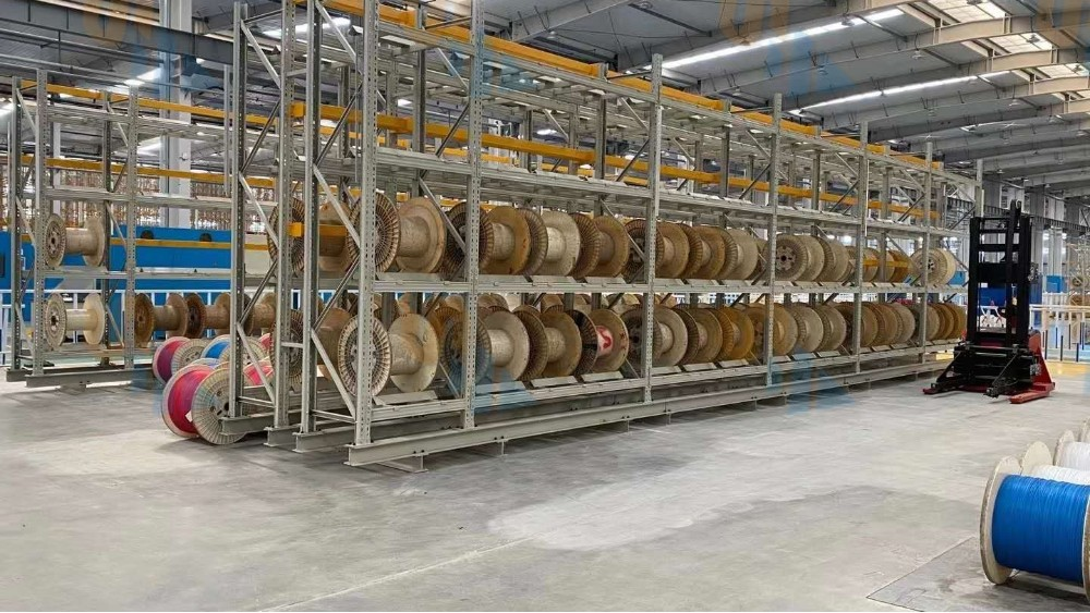 agv槽钢货架定做案例展示-森沃仓储